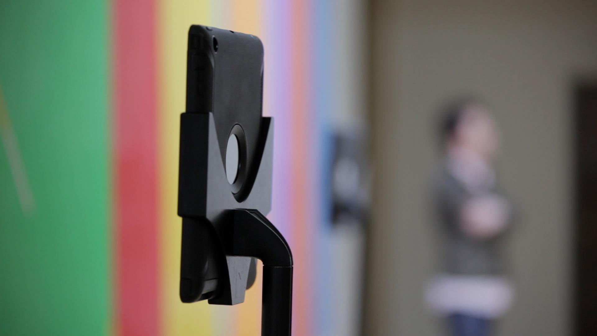 De corona-files #1 –  Museum zet robot in voor online tours
