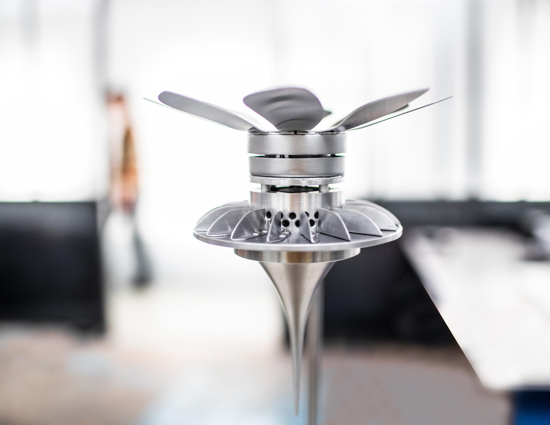 Theezetter die water uit lucht filtert wint Kazerne Design Award