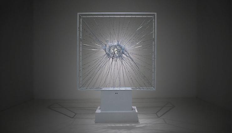 Wie winnen een Dutch Design Award? Een waterstofzuiger, een cliché-affiche en een 'shock' asbak!
