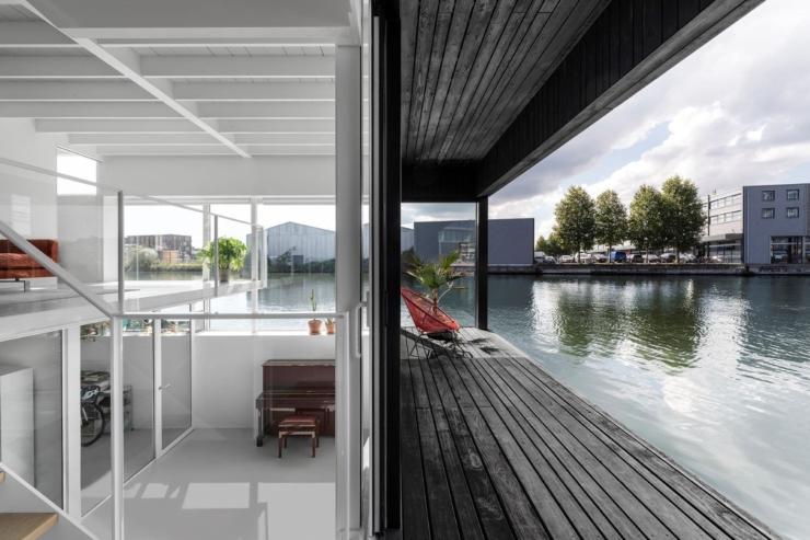 Drijvende villa van i29 met 'zero footprint'