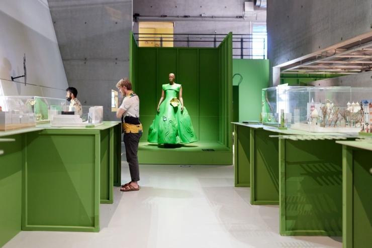 Expo in HNI belicht verontrustende Disneyfantasie van witte droomprinsen en keukenmeisjes